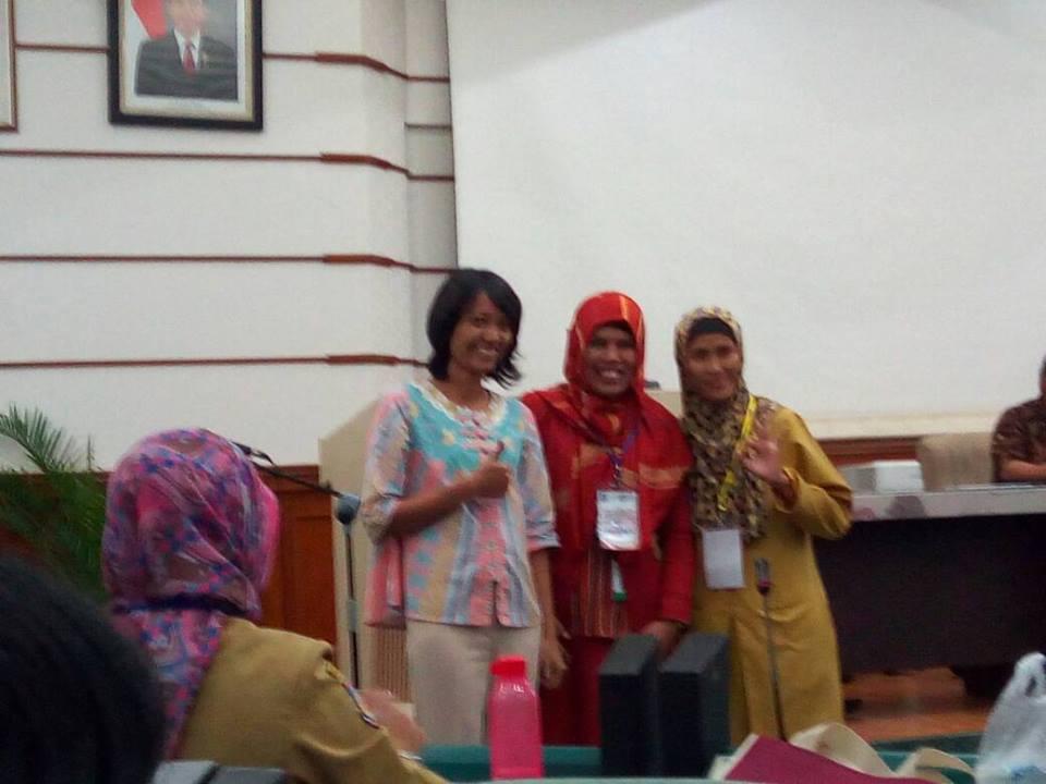 Ibu Haryati, S.Pd.I Raih Juara II Guru Berprestasi