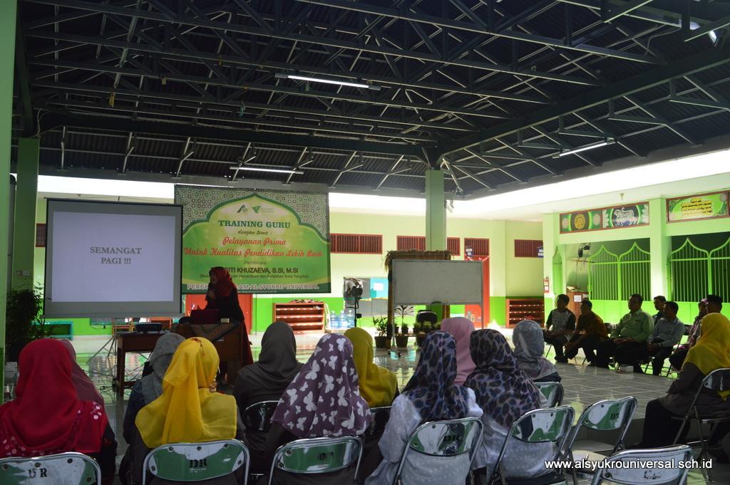 Training Guru Pelayanan Prima