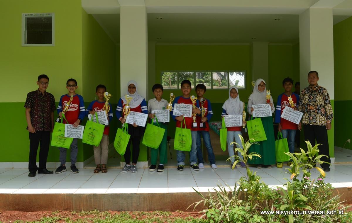 SMP Islam Al Syukro Universal Sukses Gelar Turnamen Mini Soccer dan Try Out