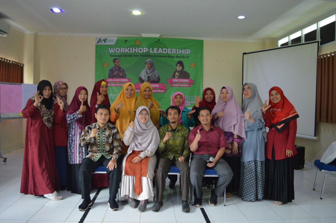 Workshop Leadership : Tantangan Sekolah pada Pendidikan Dasawarsa Abad ke-21
