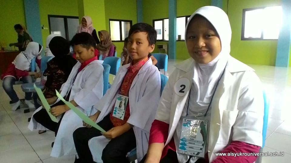 Siswa-Siswi SD Islam Al Syukro Juara Storytelling dan Sains Eksperimen